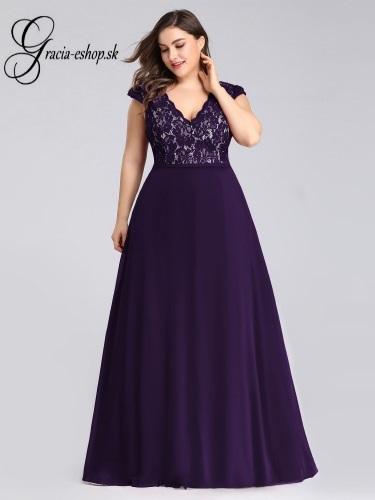 40e520d3c944 Fialové spoločenské šaty na ramienka model 7344 - 6XL