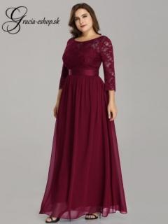 Bordové spoločenské šaty s čipkovanými rukávmi model 7412 - 4XL empty a2677d424d8